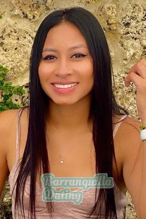 199841 - Yulianis Age: 26 - Colombia